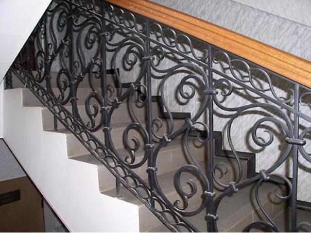 стальные двери ковка художественная ковка металла лестничные